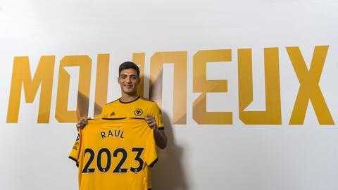 Es oficial: Raúl Jiménez es nuevo jugador del Wolverhampton