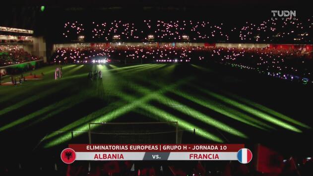 Impresionante inauguración del Arena Kombetare en Albania
