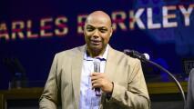 Acusa Charles Barkley a políticos por el racismo en USA