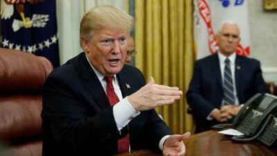 """En un minuto: Trump considera la negociación sobre el muro """"una pérdida de tiempo"""""""
