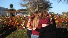 A tres años de la masacre de Parkland, la comunidad se une para honrar la memoria de las víctimas