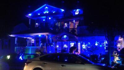 Casa azul provoca escándalo en New Jersey