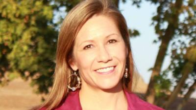 La candidata a la gobernación de California Amanda Rentería responde a las críticas por su postulación