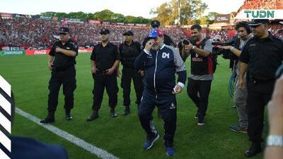 ¡Hasta las lágrimas! Rival de Maradona le rinde homenaje al '10'