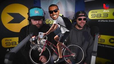 Trap News: Captan a Kanye West corriendo bicicleta en chancletas