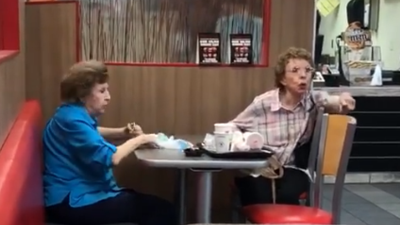 "Fast food manager kicks out women after saying ""Speak your Mexican at home"""