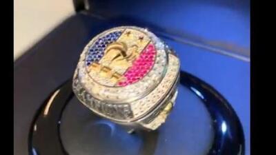 Pogba regaló anillos de campeón a sus compañeros con los que ganó el Mundial