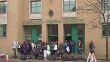 Mujeres de Chicago se manifiestan contra los feminicidios en México y buscan generar conciencia