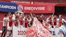 ¡El festejo del Ajax campeón con Edson Álvarez!