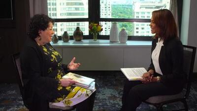 La magistrada Sonia Sotomayor habló con Ilia Calderon sobre el poder de la mujer