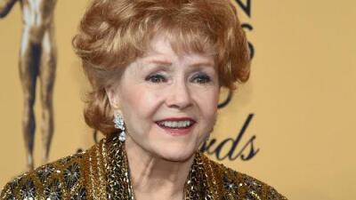 Carrie Fisher's Mom Debbie Reynolds Dead at 84