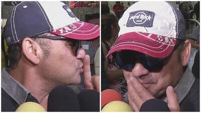 Borracho, hijo de Juan Gabriel da una entrevista y se cae frente a las cámaras
