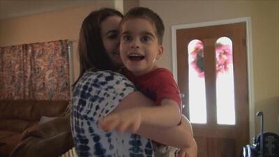 A pesar de las dificultades, Grayson ha tenido la oportunidad de gozar de una vida llena de felicidad. Conoce su historia.
