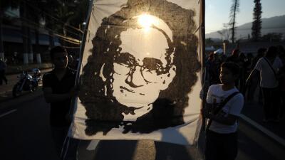 """El papa Francisco critica a clérigos que """"difamaron"""" a Monseñor Romero"""