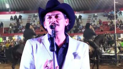 José Manuel Figueroa arma polémica al cantar en un concierto donde le quitaron el sonido y no le pagaron