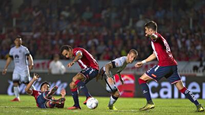 Veracruz 1-1 América: Golazos y empate entre Tiburones y Águilas