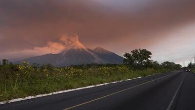 El volcán de Fuego vuelve a poner en peligro las vidas de miles de residentes en Guatemala