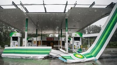 El huracán Dorian causa decenas de tornados en las Carolinas y deja más de 200,000 hogares sin electricidad