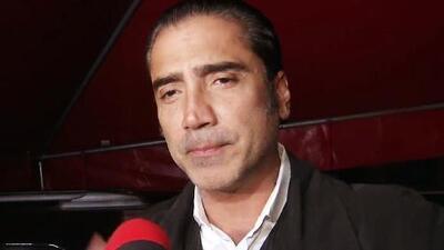 Alejandro Fernández dio la cara a la prensa y habló de sus fotos con poquita ropa