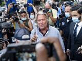 Arrestan al exasesor de la Casa Blanca Steve Bannon acusado de fraude en la recaudación de fondos para el muro de Trump