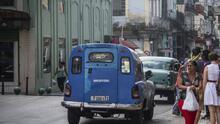 Boteros en La Habana: la interminable cruzada del transporte en Cuba