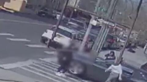 Policía busca a la conductora que atropelló a una joven de 14 años y huyó del lugar