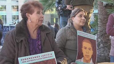 Protestas por veredicto de no culpable para el agente fronterizo que mató a tiros a un joven mexicano