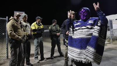 Cientos de fanáticos de los OVNIS llegan a Nevada donde creen que el gobierno esconde secretos de los extraterrestres