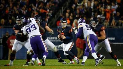 Cutler lideró a los Chicago Bears a la victoria 20-10 sobre Vikings