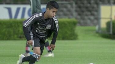 Mexicano de 15 años firma con Galaxy con opción de ir al City