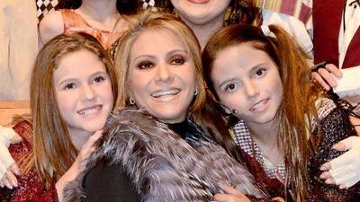 Daniela Castro apoya a sus hijas en la actuación