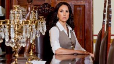 """Blanca Guerra es Alfonsina Arango en """"Abismo De Pasión"""""""