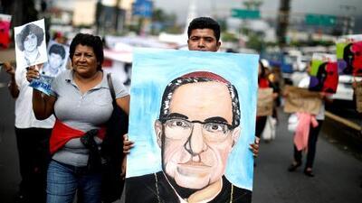 Comunidad salvadoreña en Los Ángeles se une a las festividades por la canonización de Monseñor Romero