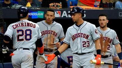 Los Astros ganan un juego decisivo a los Tampa Bay Rays en sus aspiraciones por un nuevo título