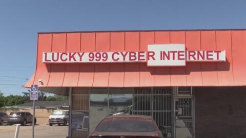 ¿Qué se esconde detrás de este negocio que parece ser un simple café internet en Santa Ana?