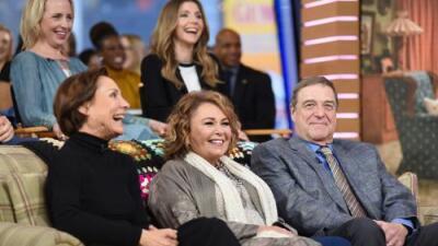 Del exitoso regreso a la TV a la cancelación por comentarios racistas: así fue la breve nueva etapa de 'Roseanne'