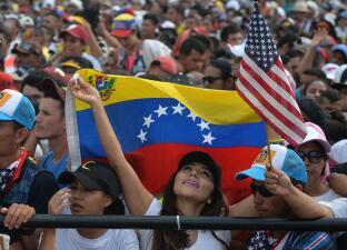 Así transcurrió el concierto 'Venezuela Aid Live': una multitud de espectadores y artistas por la ayuda humanitaria (fotos)