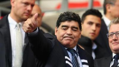 """Maradona a Messi: """"No necesitas ganar una Copa del Mundo para ser un grande, ya lo eres"""""""
