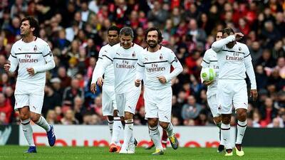 Emotivo duelo de leyendas entre Liverpool y AC Milan en Anfield