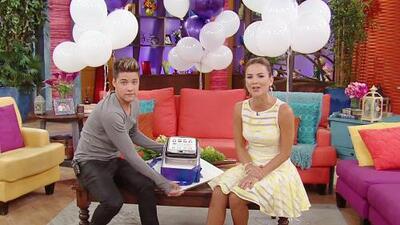 Participa y Despierta celebrando el aniversario de Univision Mobile