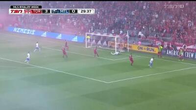 Con un rabioso zapatazo el uruguayo Alejandro Silva quema las redes, Toronto FC 3-1 Montreal
