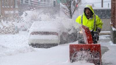 Una tormenta de nieve en el sureste deja millones de personas en alerta y miles de vuelos cancelados