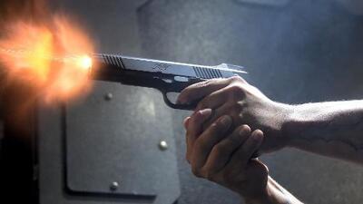 Tres muertos por un tiroteo en un distribuidor de autos