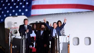 """""""Creo que Kim Jong Un quiere llevar a su país al mundo real"""": Trump da la bienvenida a los tres estadounidenses liberados por Corea del Norte"""