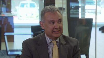 Joe Gonzales es ganador en las elecciones primarias para el puesto de fiscal del condado