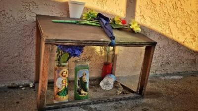 En busca del altar callejero más antiguo por los barrios más peligrosos de Los Ángeles