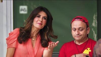 Silvia se molestó al darse cuenta que todos le roban su señal de internet