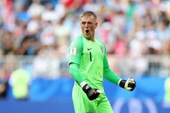 En fotos: Pickford asumió el protagonismo en Inglaterra ante la ausencia goleadora de Kane