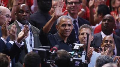 Barack Obama encabeza la lluvia de celebridades en el Juego 2 de las Finales de la NBA