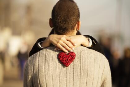 Además, si has estado preocupado por sentirte solo o sola y pensabas que ya no estarías enamorado nuevamente, vendrán sorpresas sentimentales desde este Día del Amor. <br>  <br>